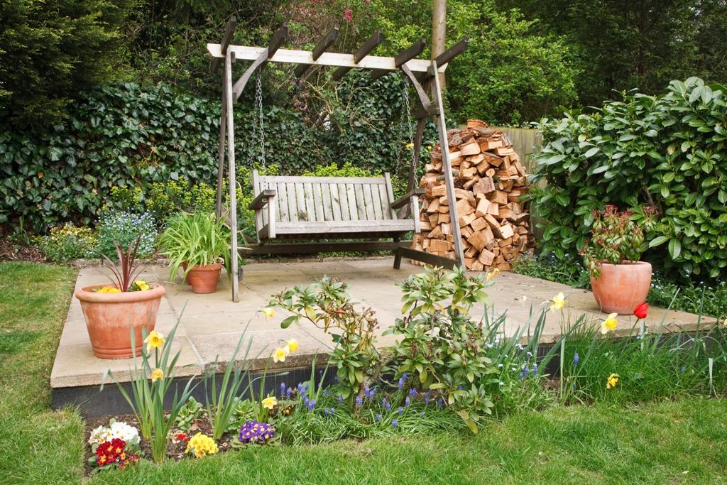 Bahçe Salıncağı Keyfi Bir Başka