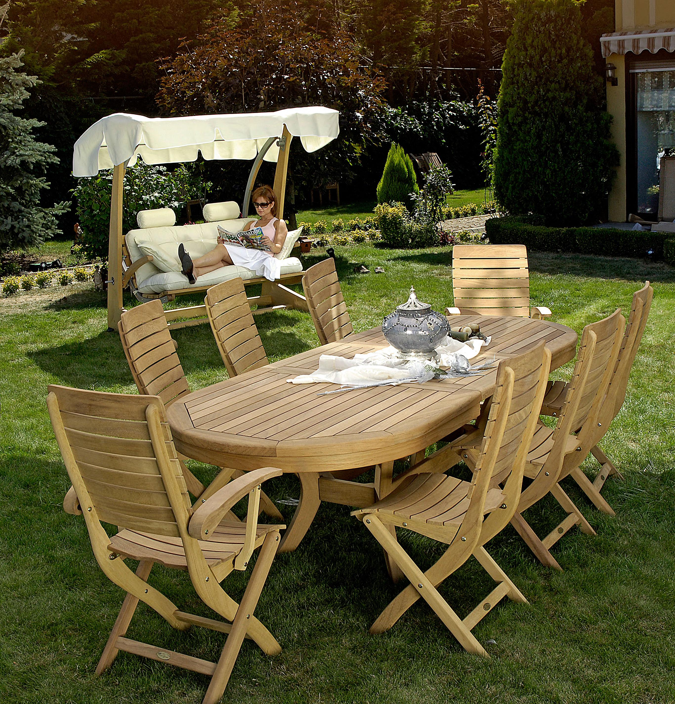 Şık Bahçe Masalarıve Eşsiz Sofralar