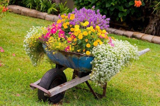 Bahçe mobilyası çiçek obje